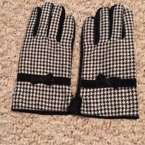 Accessories - Faux Suede and Houndstooth Gloves - New